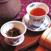 Чай и посуда для чайной церемонии